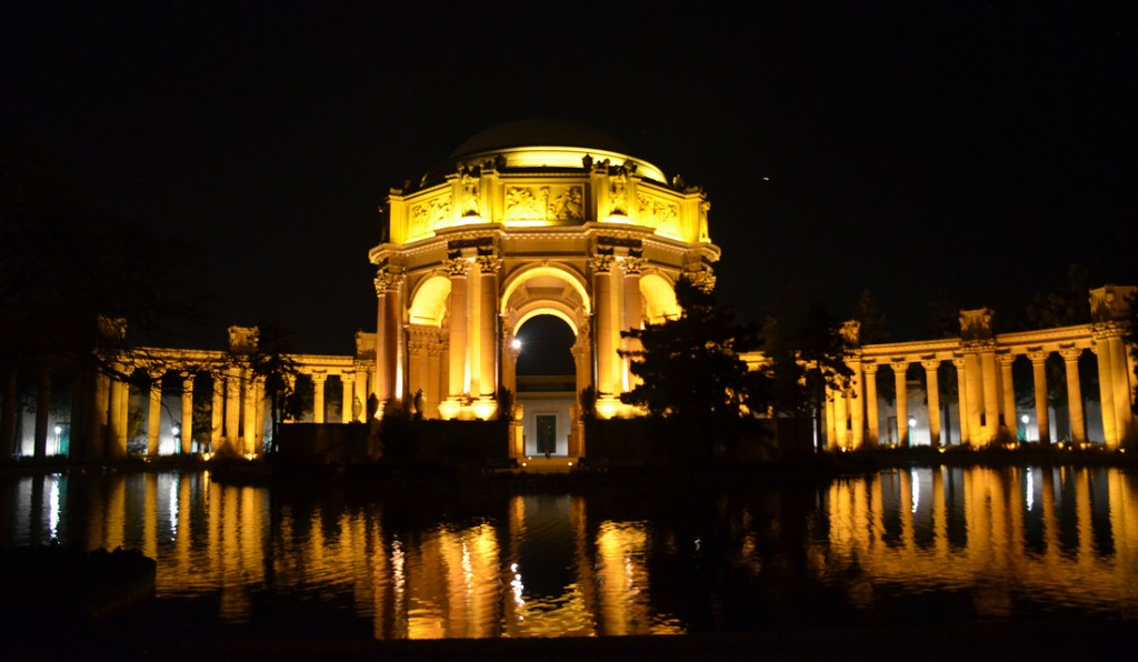 The Roman Inspired architecture of The Palace of Fine Arts. Absolutely amazing by night!