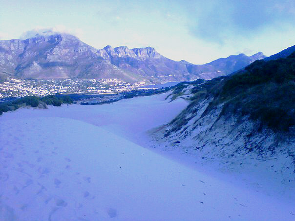 The dunes, looking into Hout Bay.
